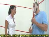 משחק טניס אירוטי